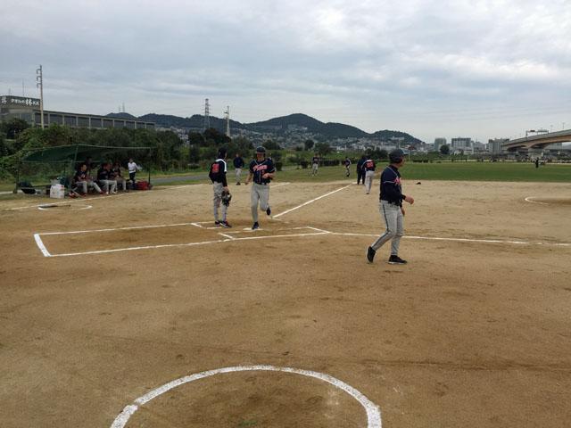 2016.10.22 Softball-04